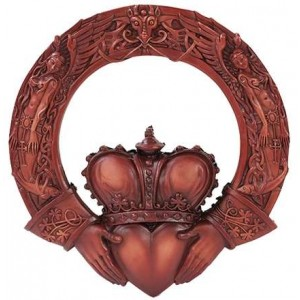 Irish Claddagh Crowned Heart Wall Plaque Mythic Decor  Dragon Statues, Angels & Demons, Myths & Legends |Statues & Home Decor